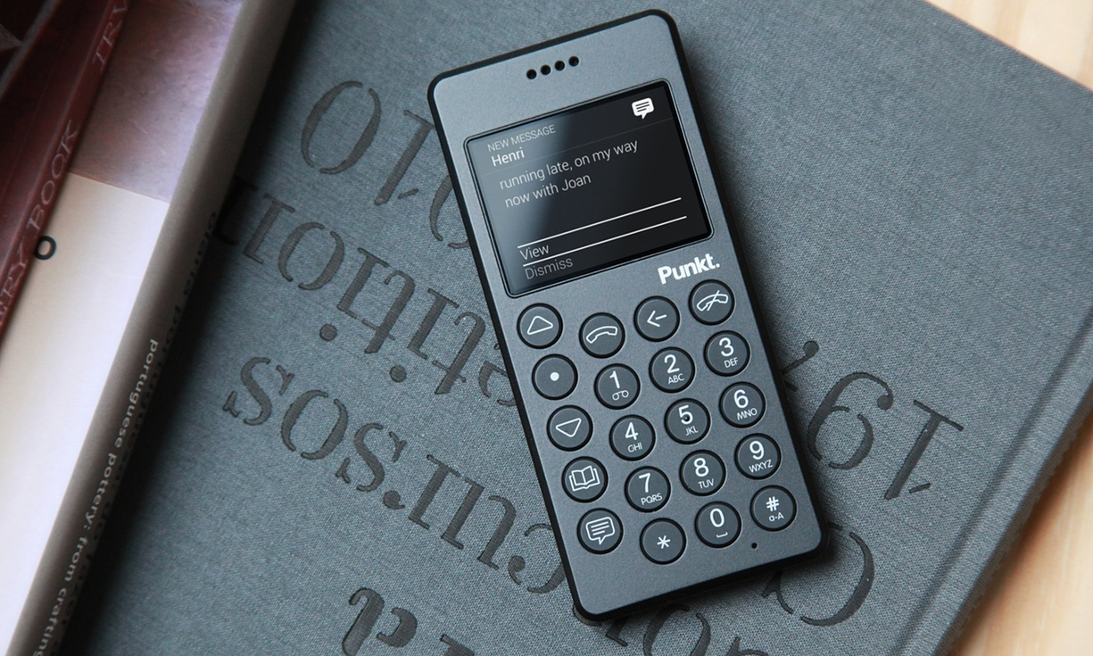 What S The Point Of The Punkt Mp 01 A 163 229 Dumb Phone