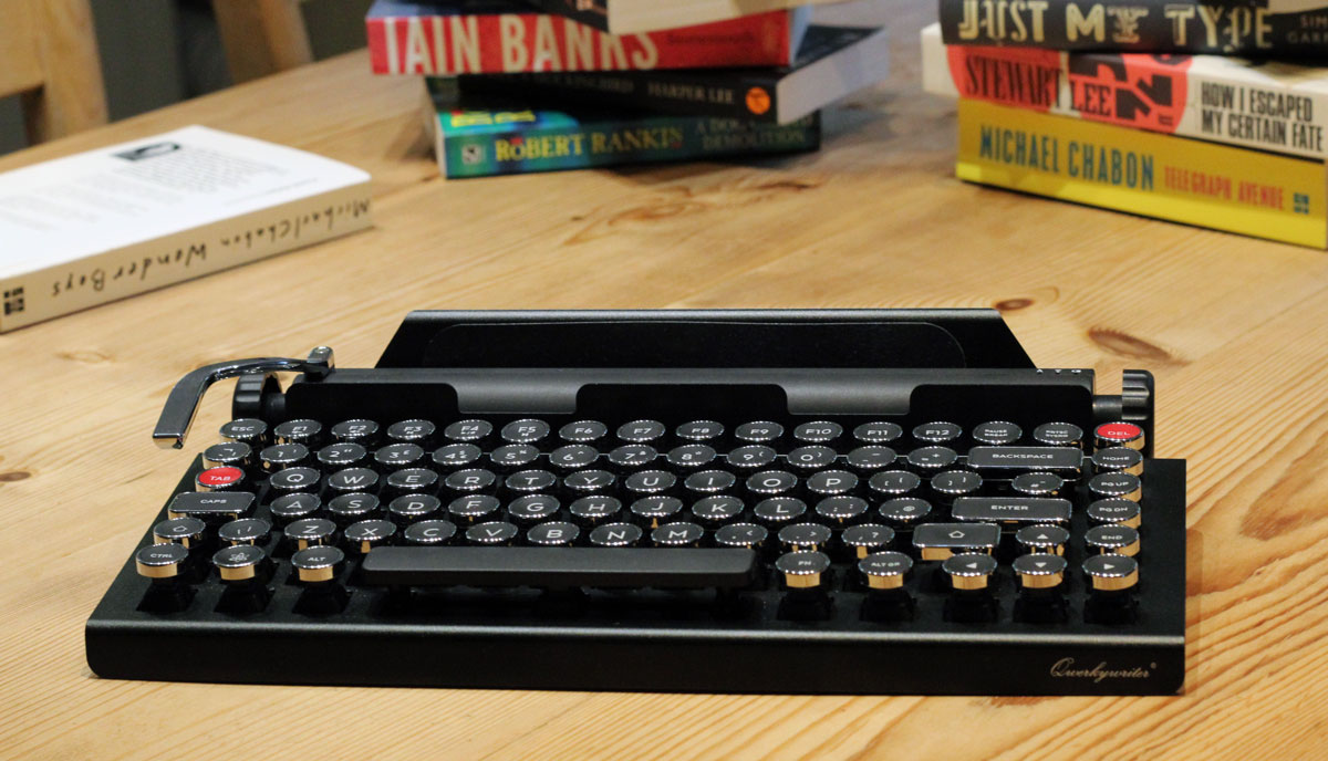 07e6cb47019 The Qwerkywriter is a Bluetooth keyboard with undeniable retro ...
