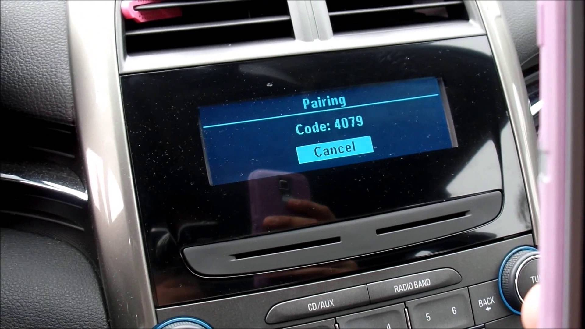 connect iphone to car how to connect your iphone se to your car stereo mobile 13850