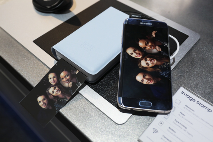 How to print photos via smartphone: the Samsung Image Stamp Portable